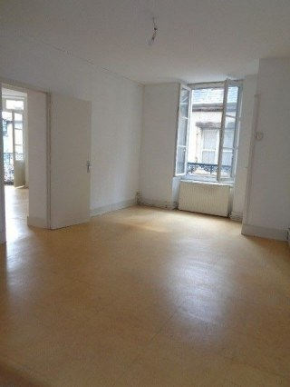 Appartement T2 52m² NEVERS en centre ville