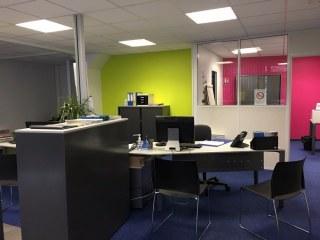 Beauvais proche centre locaux professionnels 110 m² à louer parfait état