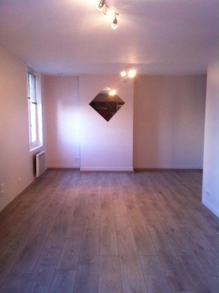 STUDIO Centre-ville 31m² Rue de la Machine