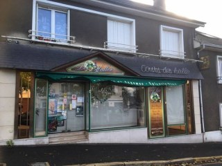 GRAND COURONNE - LOCAL COMMERCIAL A LOUER
