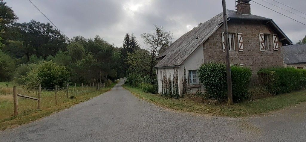 À voir absolument-Maison à vendre Chaumeil