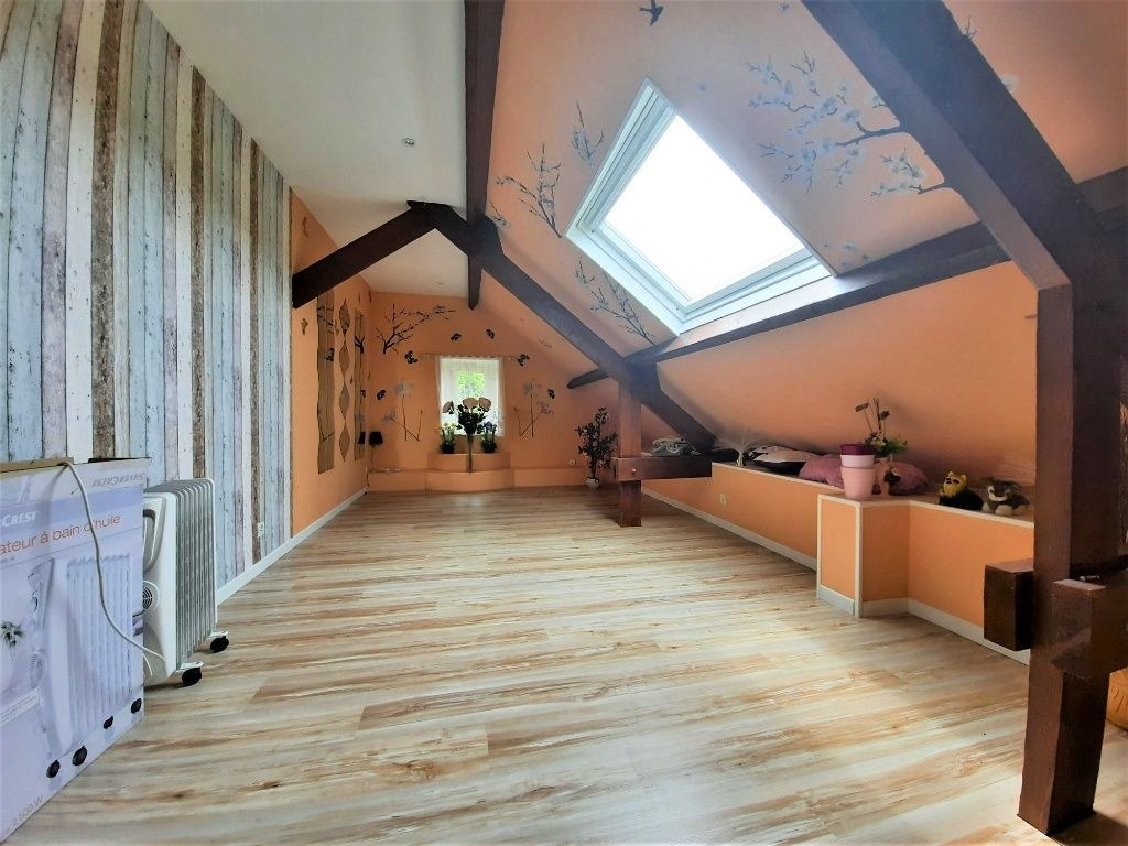 Maison - 240m² - Terrain clos de 3200m²