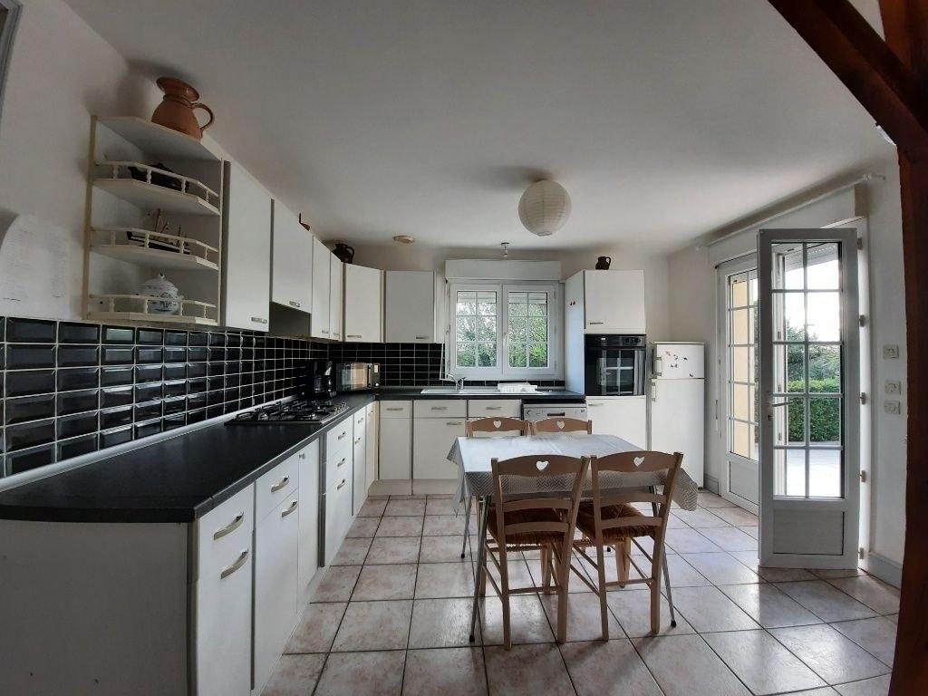 Maison - 4 pièces - Terrain de 2 578 m²