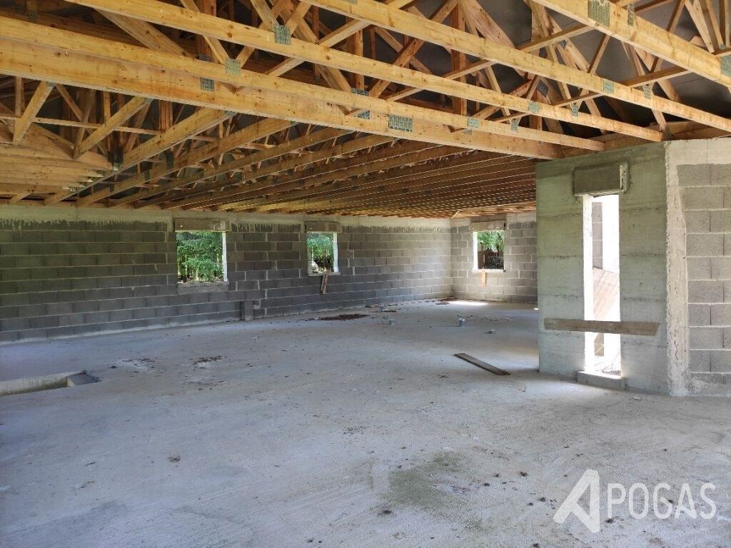 Maison Flayat 180 m2 sur 8300 m2 de terrain
