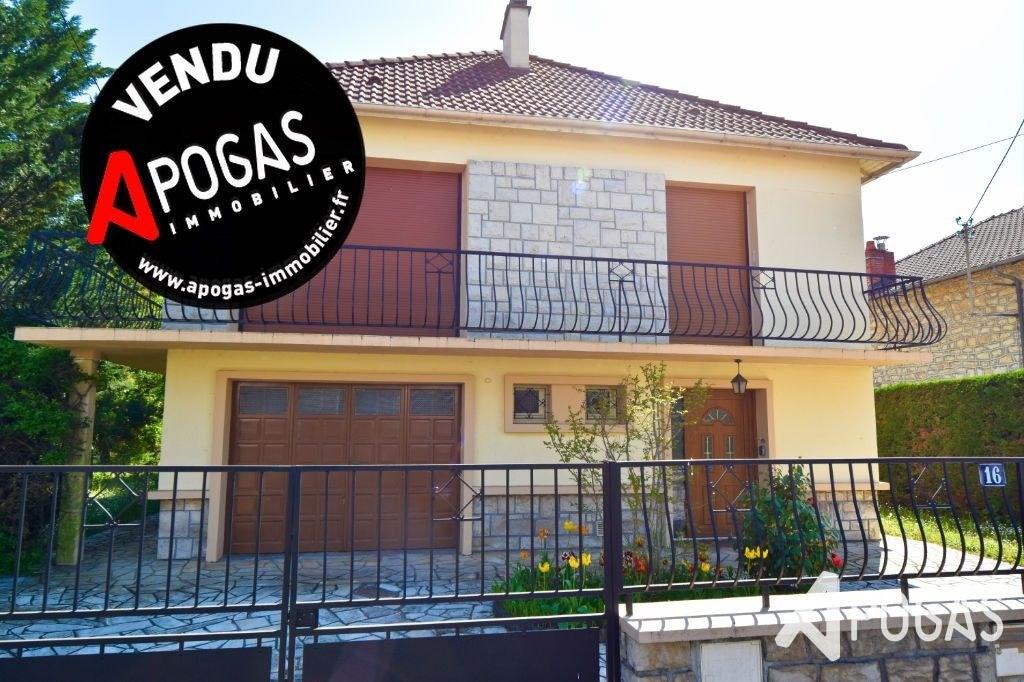 Maison Brive La Gaillarde 6 pièce(s) 134 m2 sur un terrain de 914m2