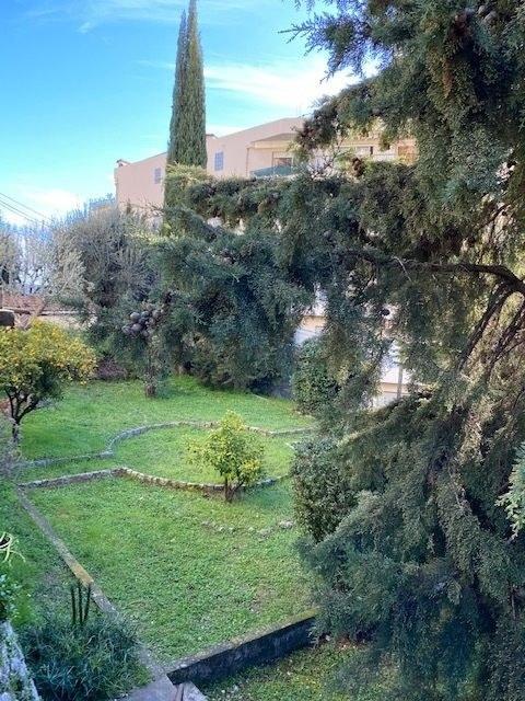 GRASSE PROCHE CENTRE F4 - 105 m² DANS MAISON INDIVIDUELLE
