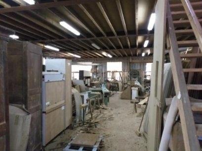 Bâtiments pour activité artisanale ou location de box de sto