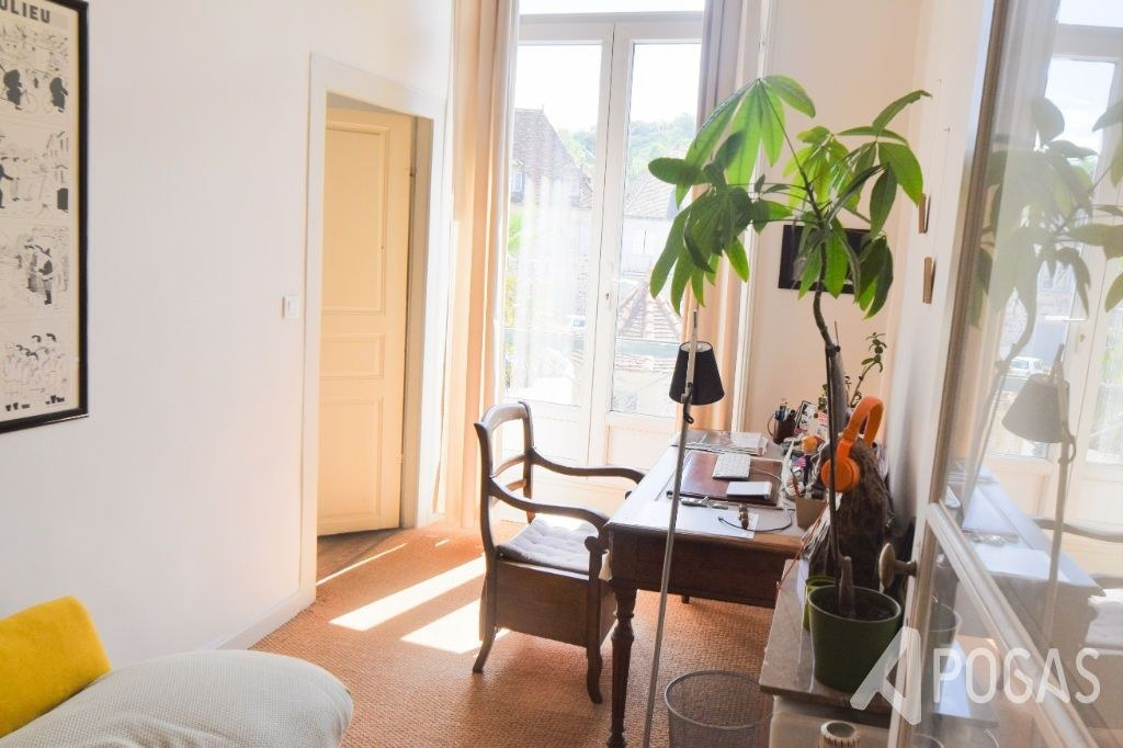 Appartement type haussmannien - Beaulieu Sur Dordogne 5 pièce(s)