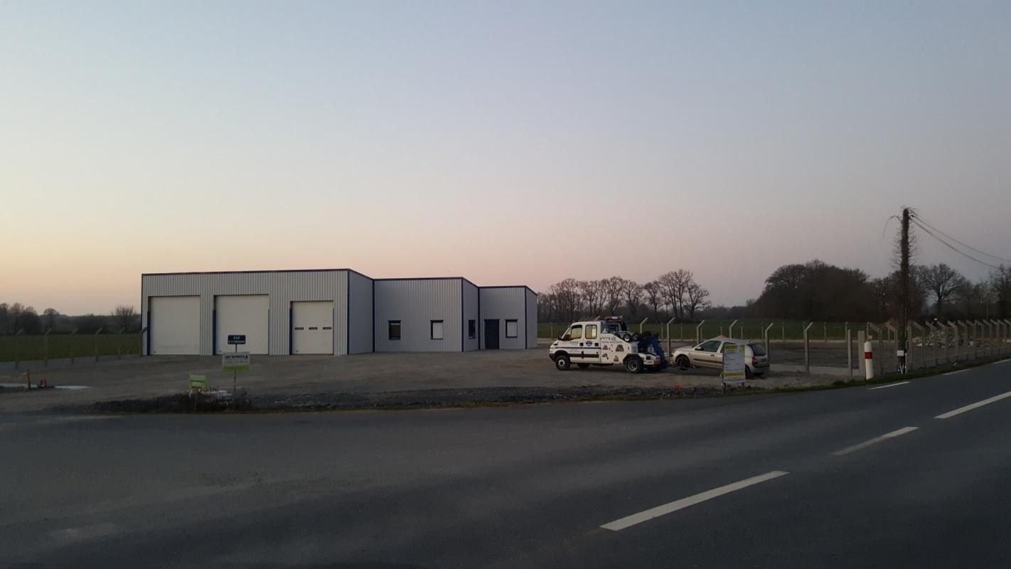 bâtiment industriel  TREFFIEUX
