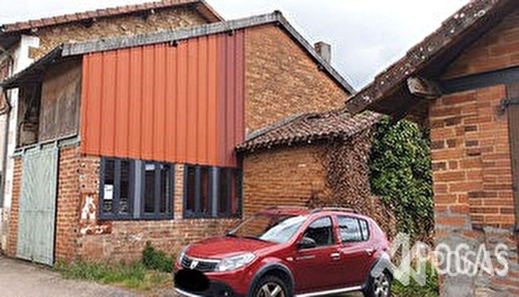 Maison  1 pièce(s) 100 m2