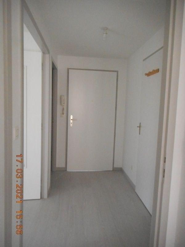 Appartement T2, 2éme étage