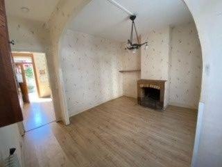 Maison 2 chambres et 1 bureau + grenier