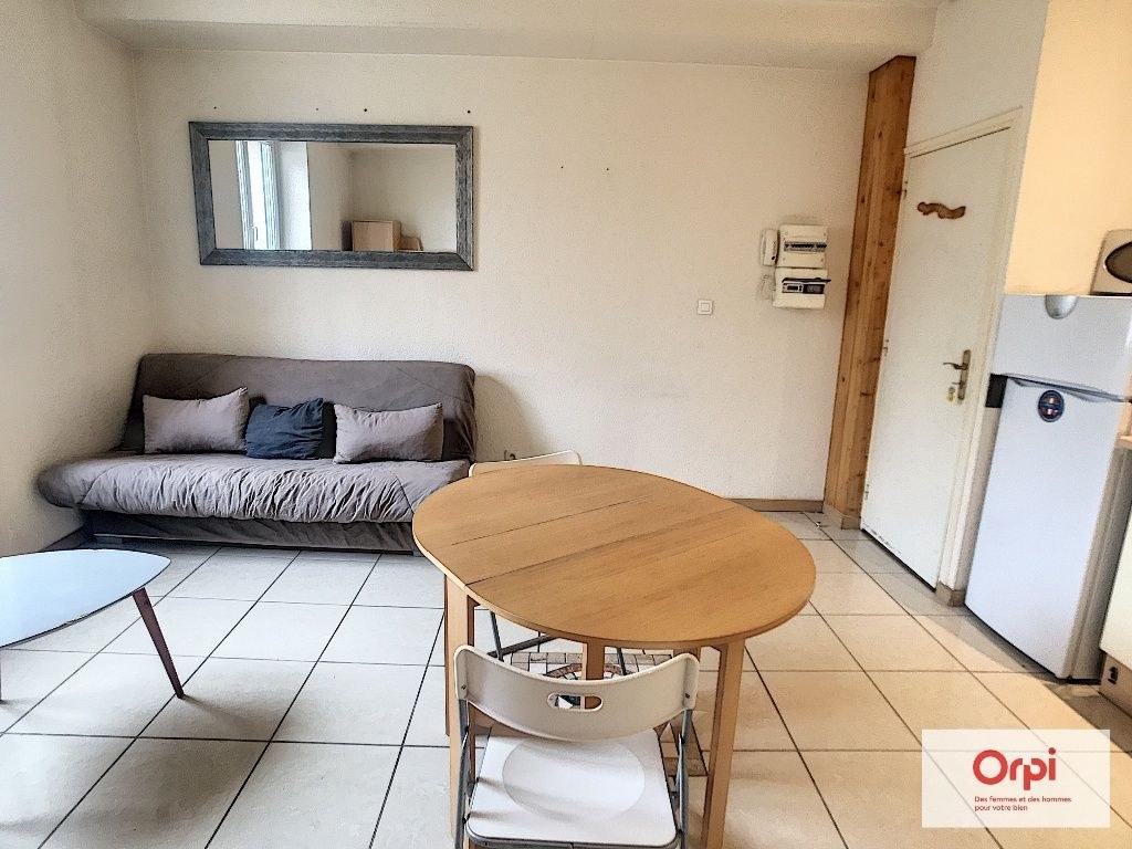 Appartement F2 MEUBLE - LE CHATELET