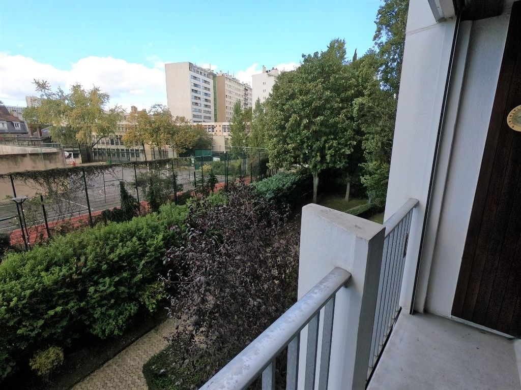 """Appartement Metro """"Lourmel"""" dans résidence de standing"""
