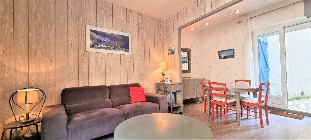 Maison 80 m² - Cour privative - Celliers - Stationnement