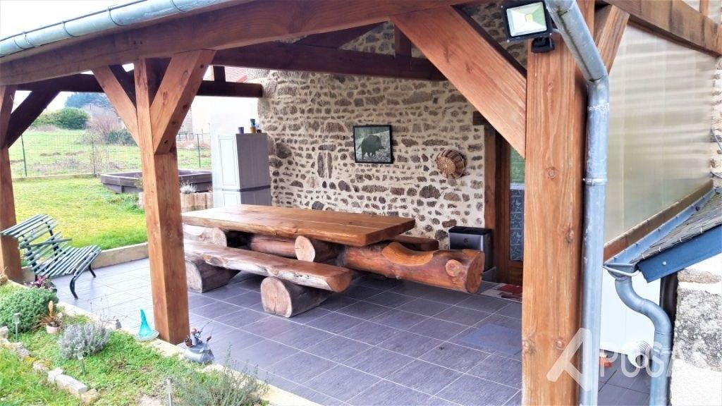 Maison entièrement rénovée dans hameau