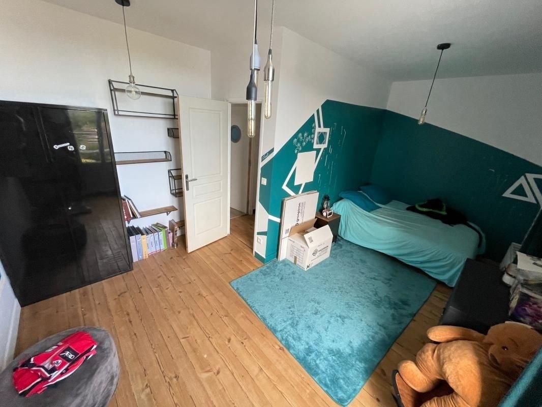 Maison bourgeoise 4 chambres + dépendance 100m²
