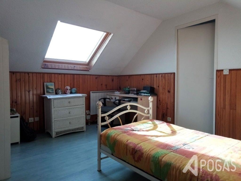 Maison  7 pièce(s) 148 m2