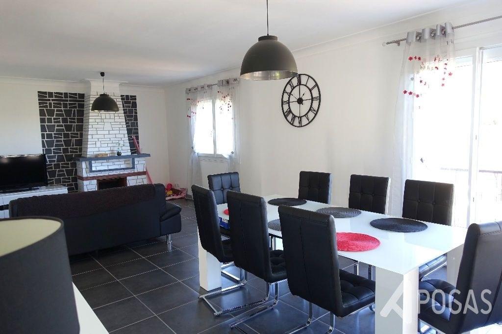 Maison Brive La Gaillarde 5 pièce(s) - Quartier des impôts
