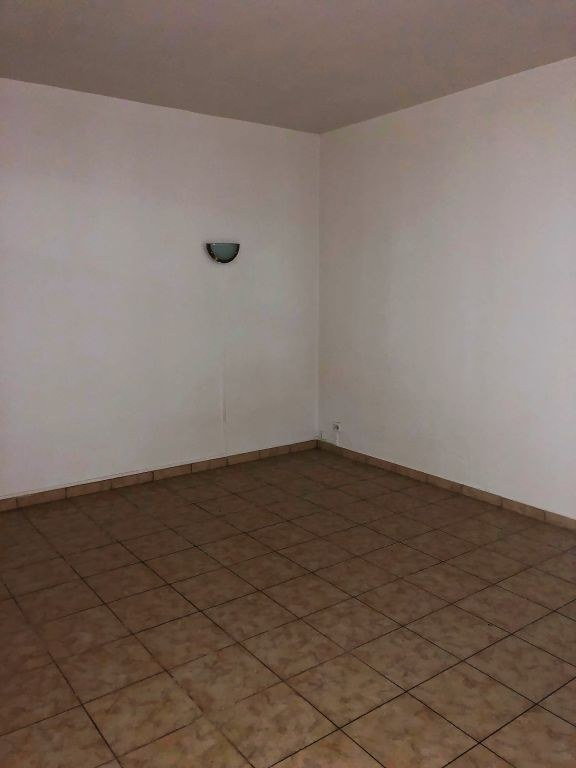 Appartement Liancourt 1 piece(s) 28 m2