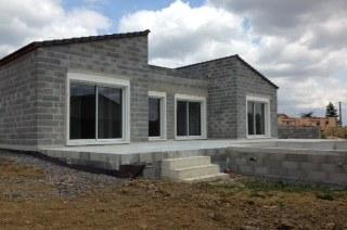 Maison contemporaine - tuiles Romane Anthracite- expo sud ouest