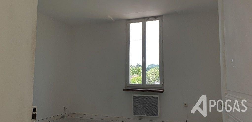 Maison Saint Junien 1 pièce(s) 27 m2 avec jardin