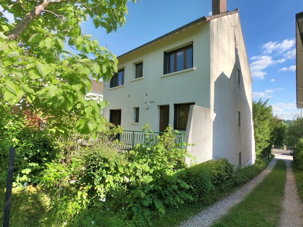Guichet-Maison 8 pièces 9 min RER