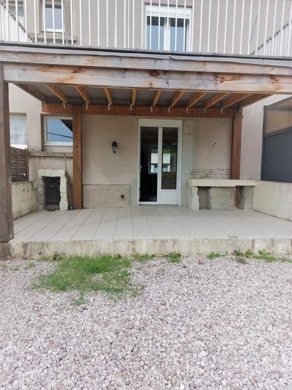 Maison mitoyenne 2 côtés avec terrasse