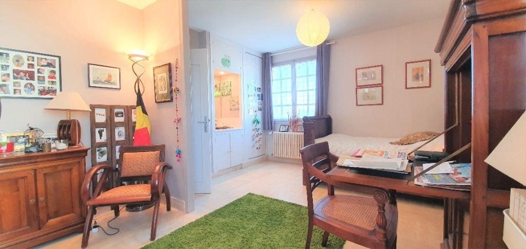 Maison vie de plain pied - Studio - 1017 m² de terrain