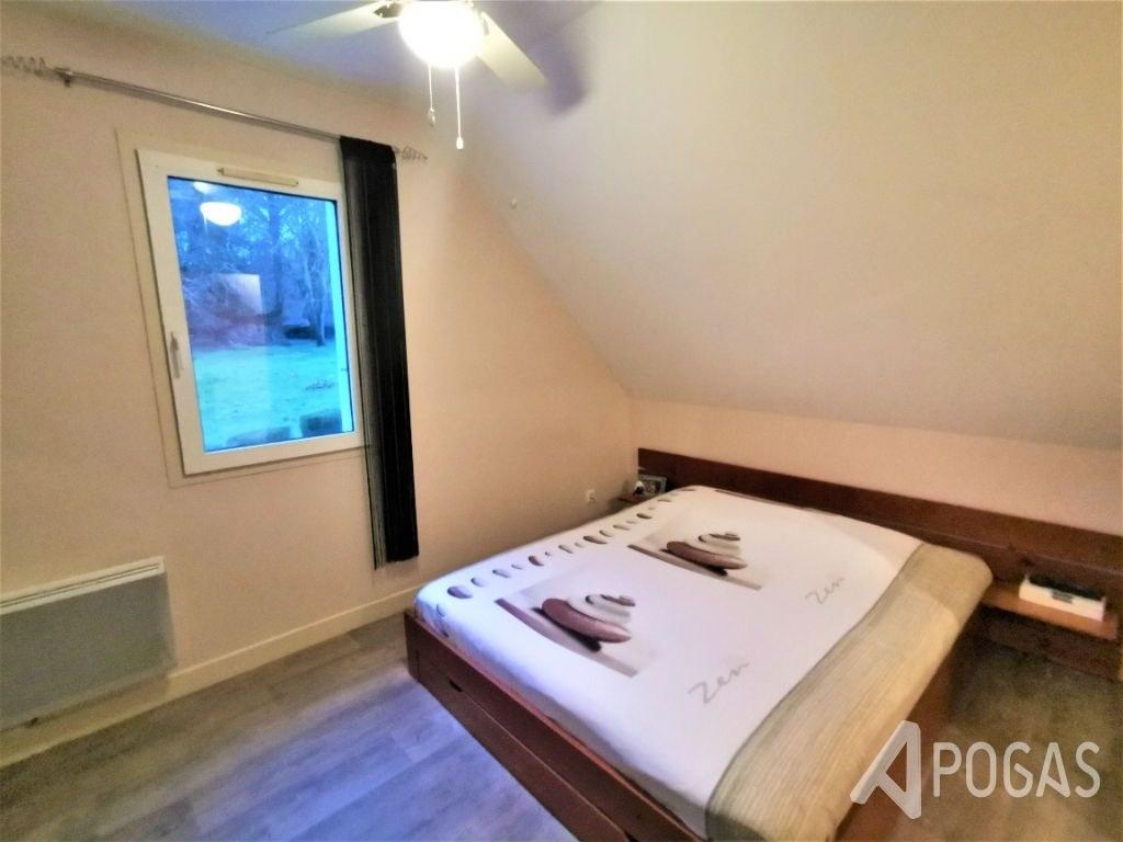 Maison d'habitation sur environ 400 m2 de terrain