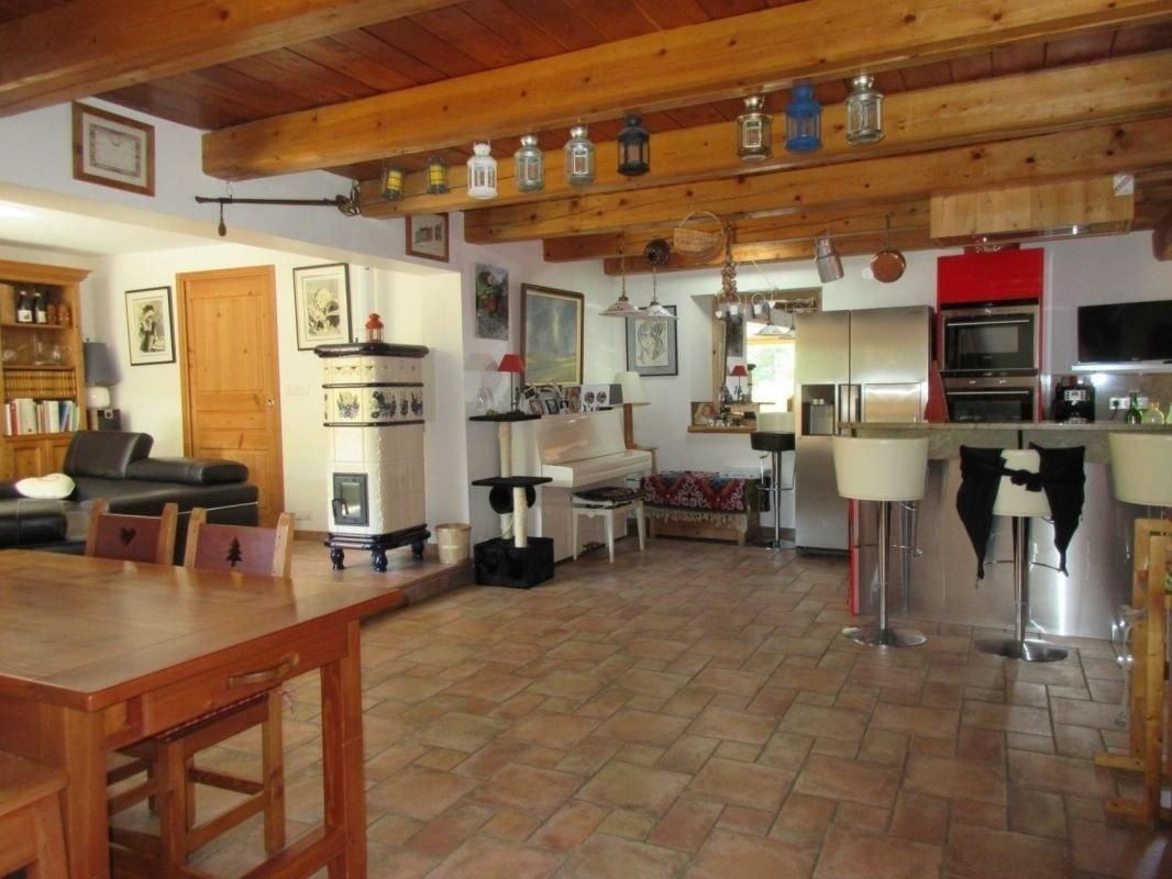 Maison de village entièrement rénovée