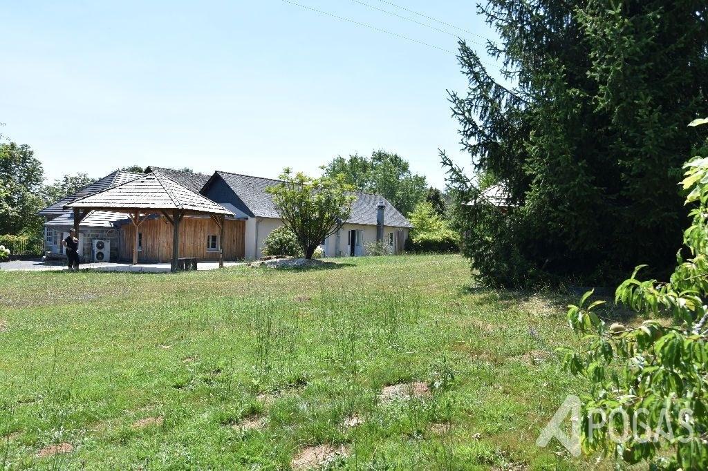 Maison et Grange  sur 3800m2