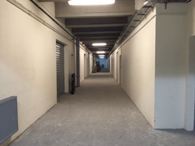 Occasion Location Commerce montreuil 93100