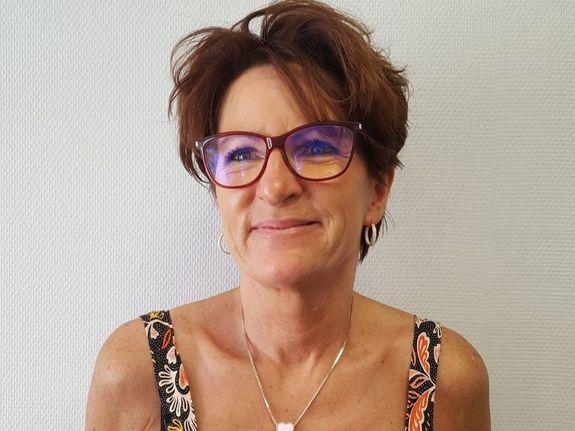 Annie BANREZES